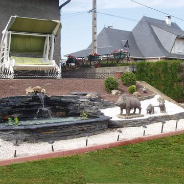 Bassin d'ornement à Pontacq